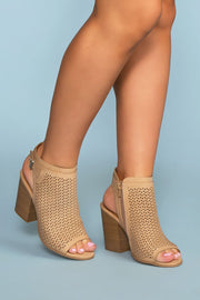 Shoes - Mali Block Heeled Mules - Natural