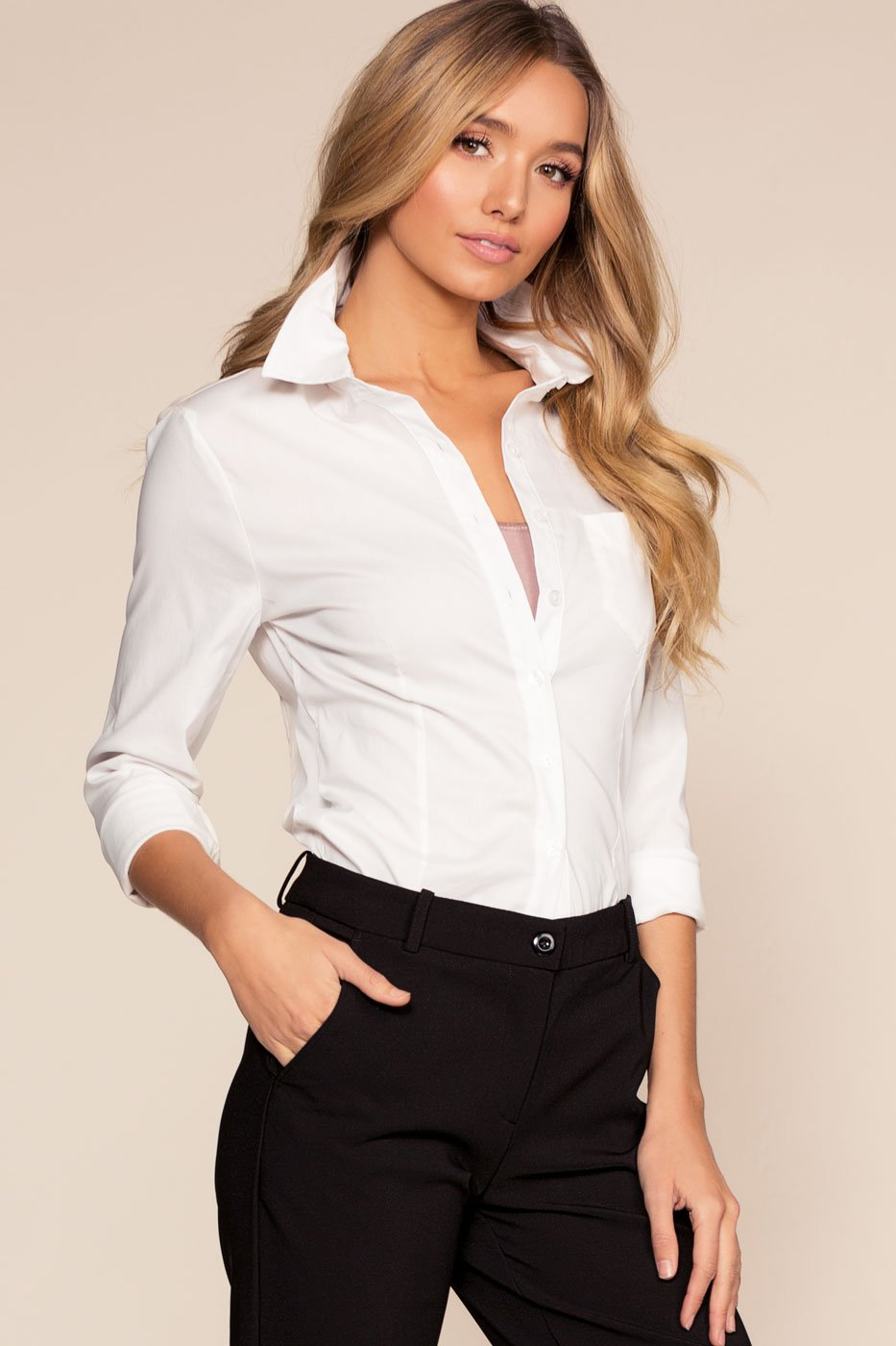 Chic White Buttoned Top