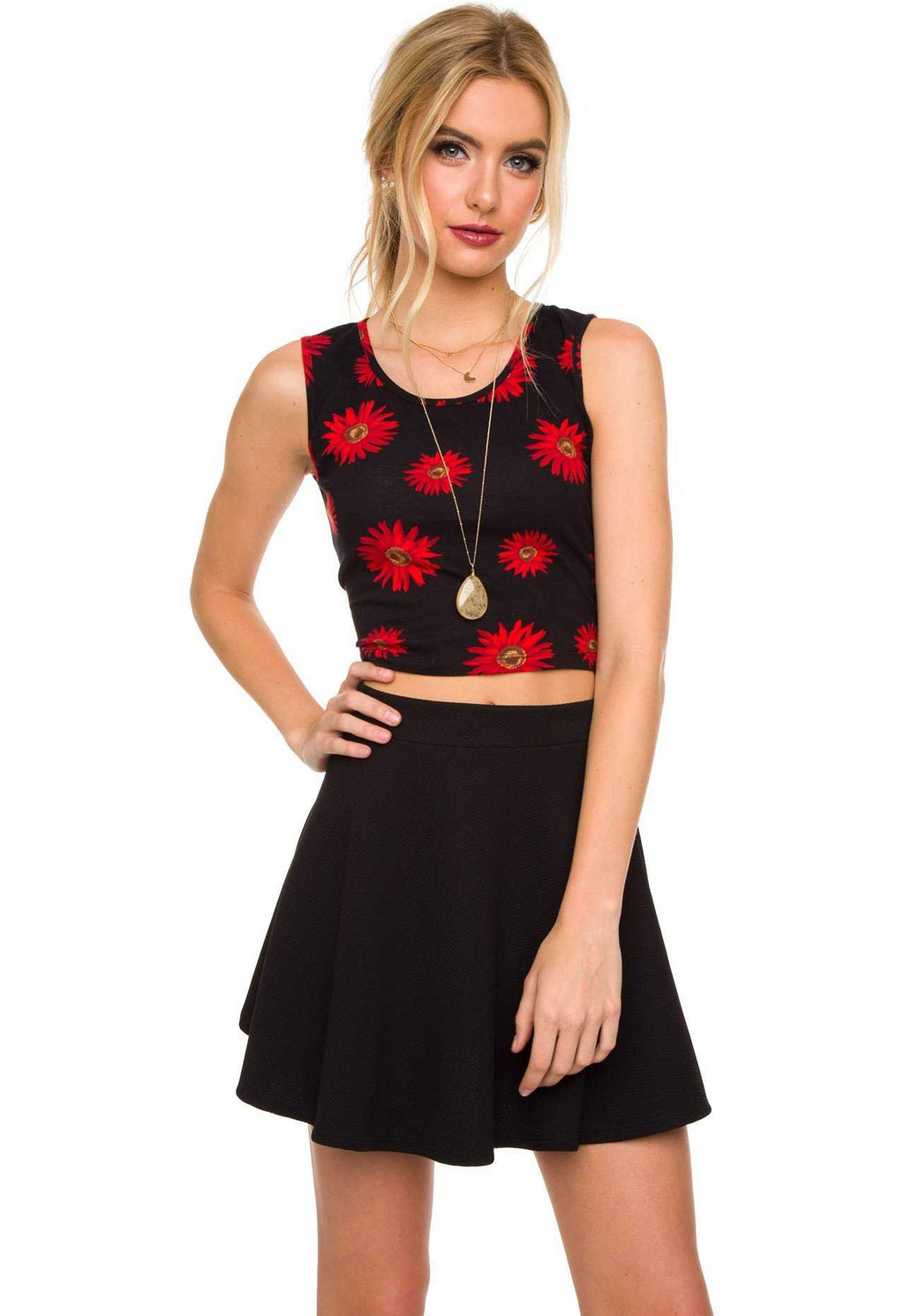 Tops - Painted Daisy Crop Top