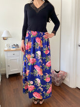 Load image into Gallery viewer, STELLA SKIRT IN BLUE WITH BIG FLOWERS