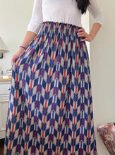 Load image into Gallery viewer, STELLA SKIRT IN GEOMETRIC