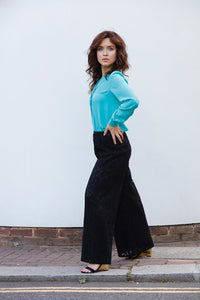 OLIVIA SILK CREPE BLOUSE IN TURQUOISE