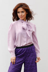 ASIA SILK CREPE BLOUSE IN PURPLE