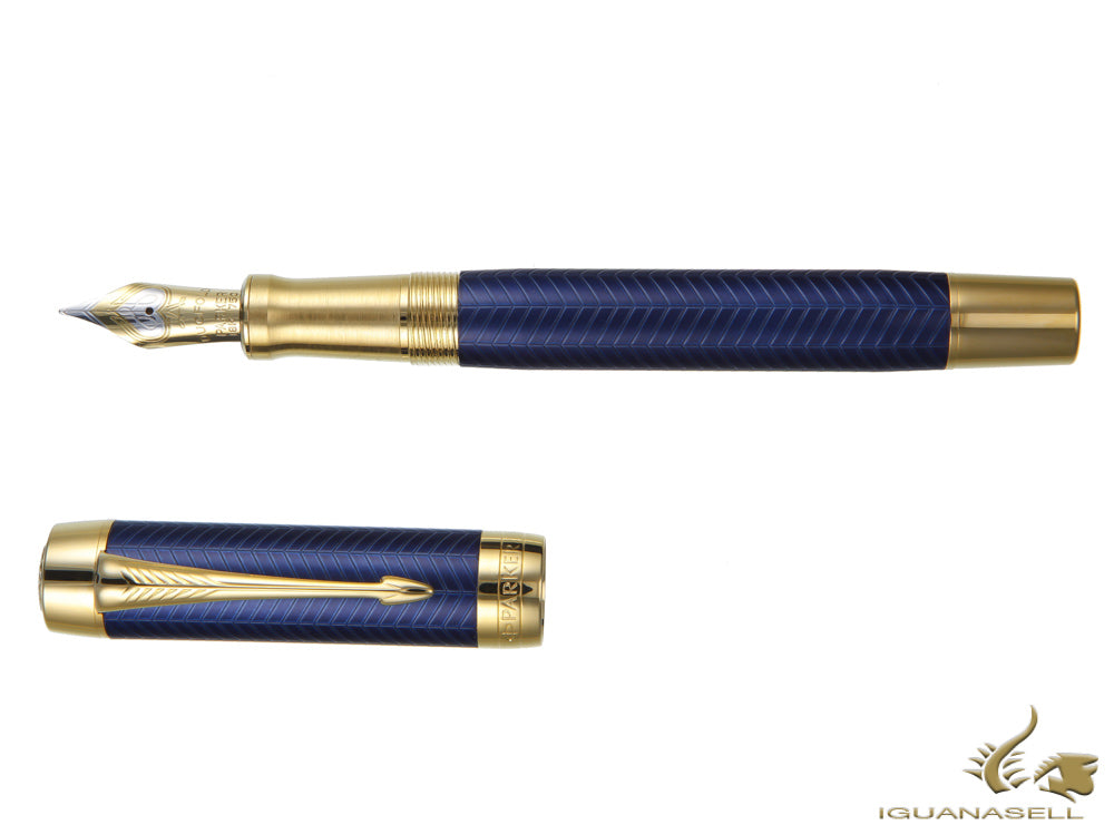 Parker Duofold Centennial Fountain Pen, Lacquer, Gold Trim, 1931370