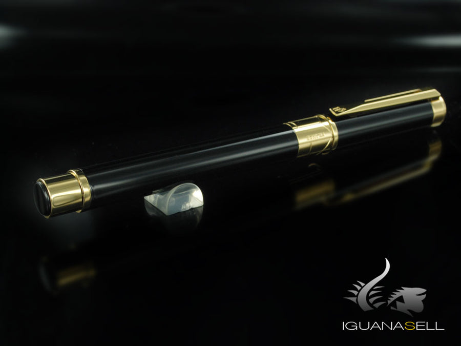 Waterman Perspective Fountain Pen, Lacquer, Gold trim, Black, S0830820