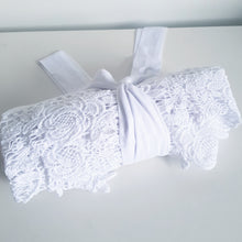 Load image into Gallery viewer, Baby Blue Lace bridal robes