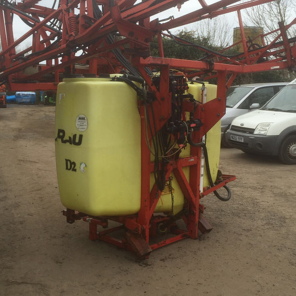 Mounted Rau Sprayer 18m and 1000L Tank