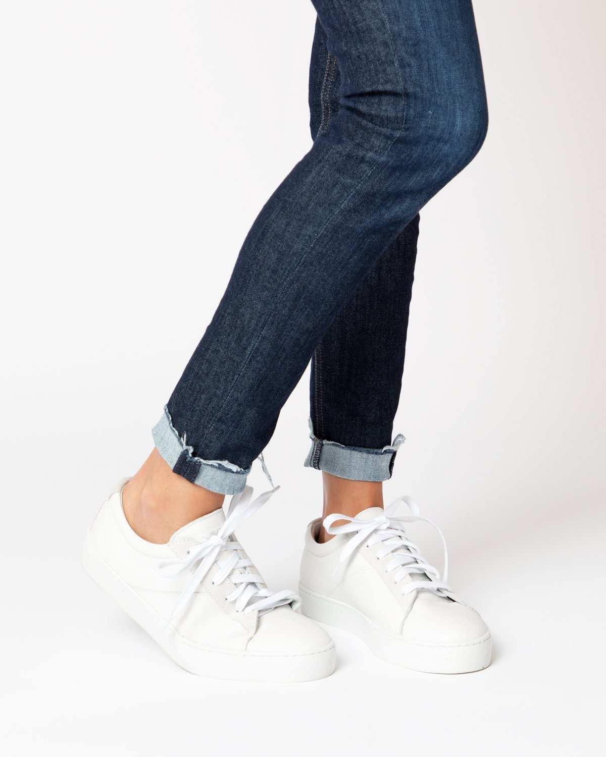 18c0e135402c Women s White Classic Lace-Up Sneaker – Freshly Picked