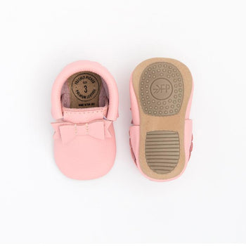 Bubblegum Bow Mocc Mini Sole