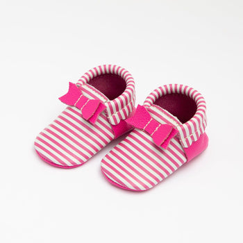 Magenta Stripes Bow Mocc