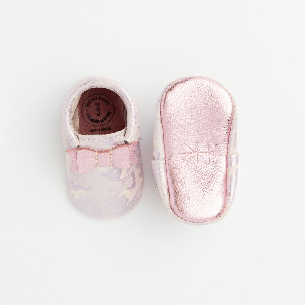 Pink Metallic Camo Bow Mocc Bow Moccasins Soft Soles