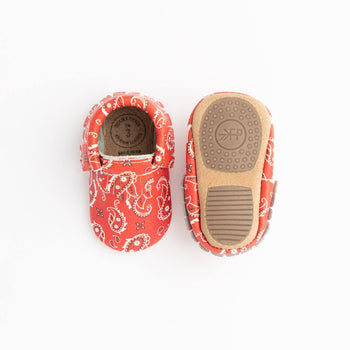 Red Bandana Mini Sole