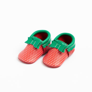 Strawberry Bow Mocc | Pre-Order