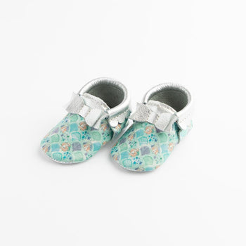 Watercolor Ariel Bow Mocc Bow Moccasins Soft Soles