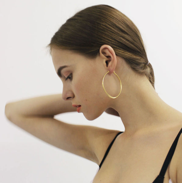 Small Oval Gold Hoop Earrings