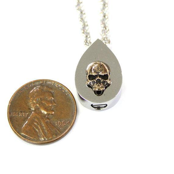 Bronze Human Skull Tear Drop Cremation Urn Necklace Memento Mori Jewelry