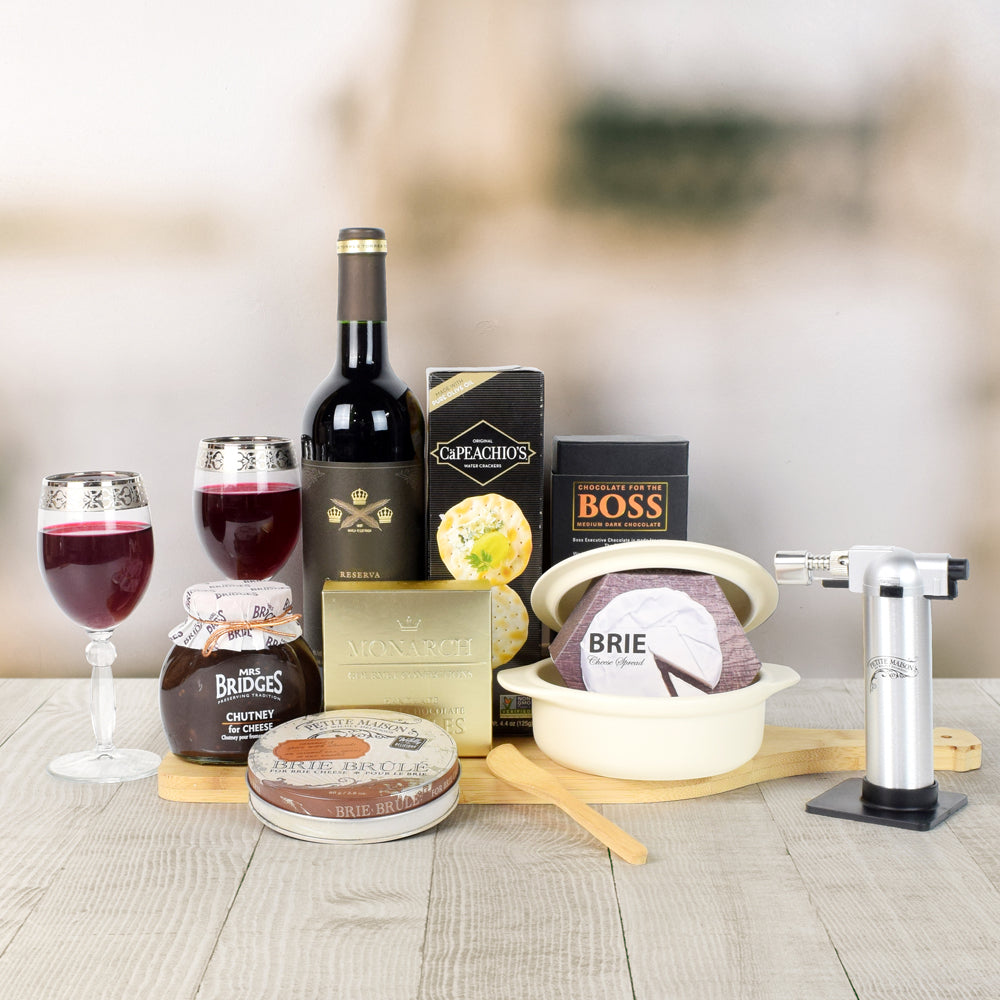 Brie Baker Gift Set, gift baskets, wine gift baskets, gourmet gift baskets, wine & cheese gift baskets