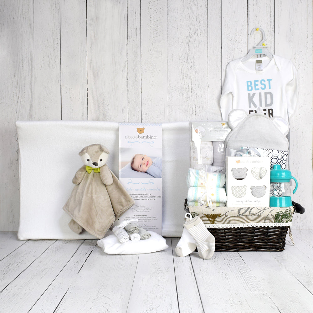 CHANGING PAD & OTHER ESSENTIALS UNISEX BABY GIFT SET