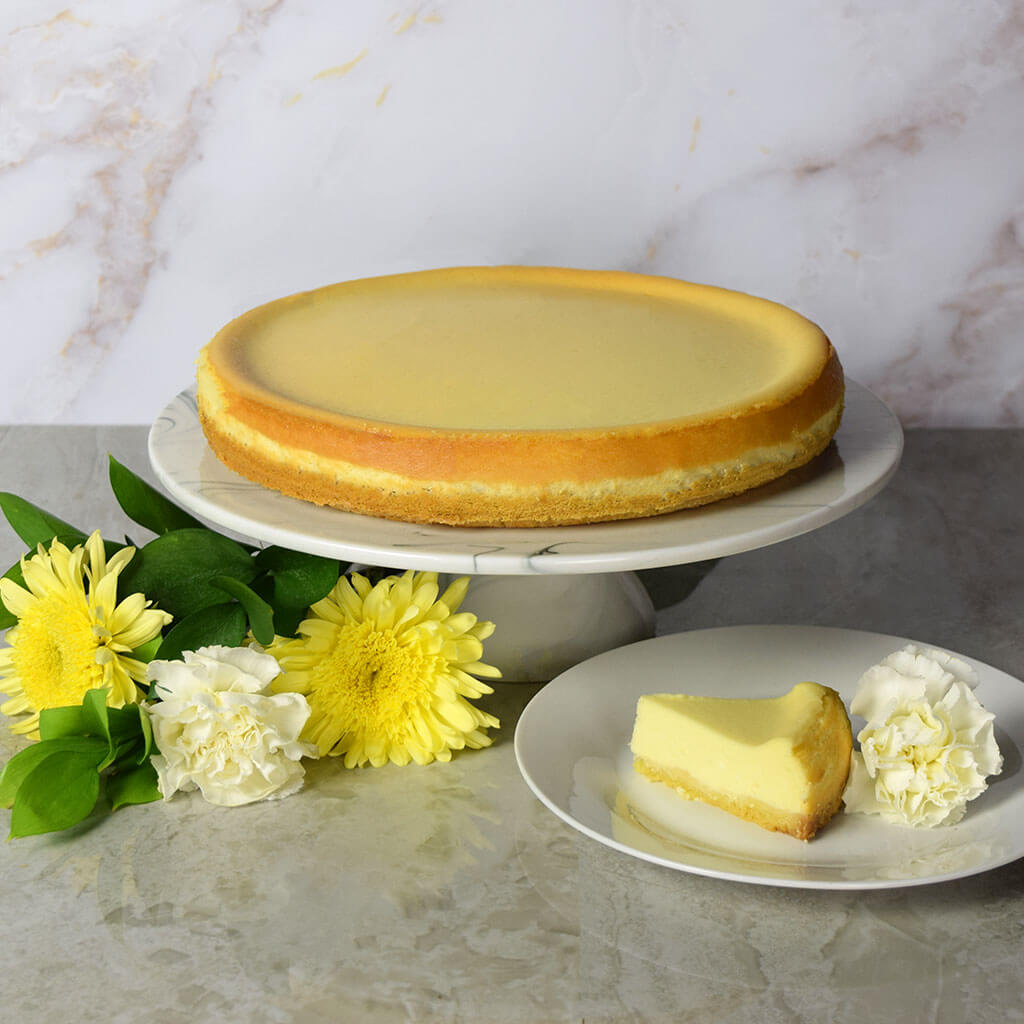 Large New York Style Plain Cheesecake