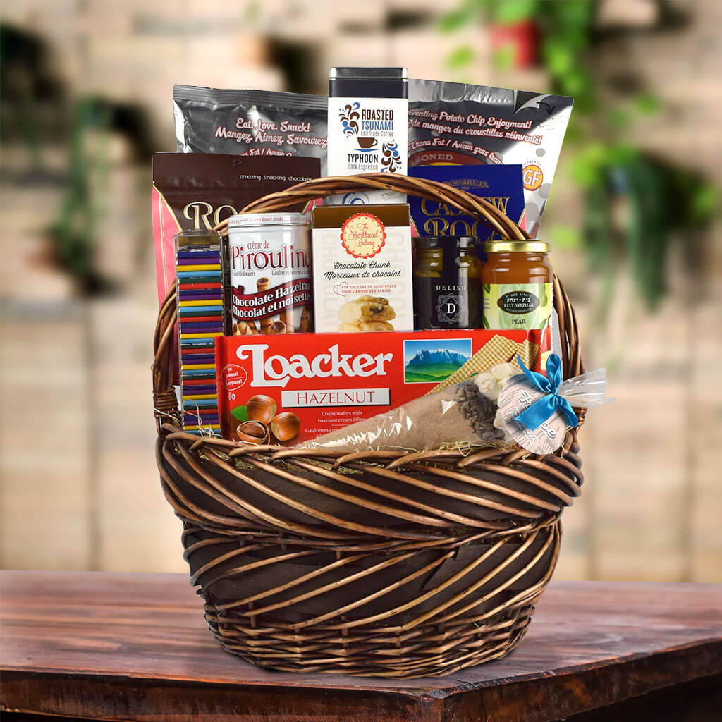 Snack & Enjoy Gift Basket