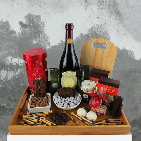 A Golfer's Christmas Wine Gift Basket