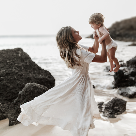 Beachside Motherhood Session With Modern Baby