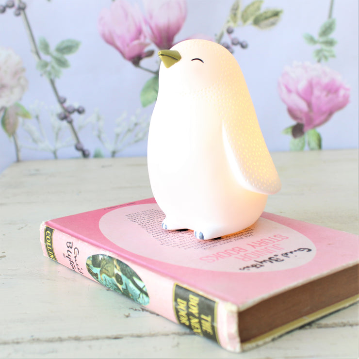 Sweet Penguin Nightlight