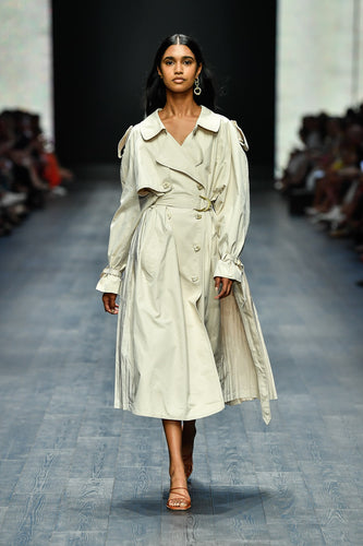 PRIMA PLEAT TRENCH COAT