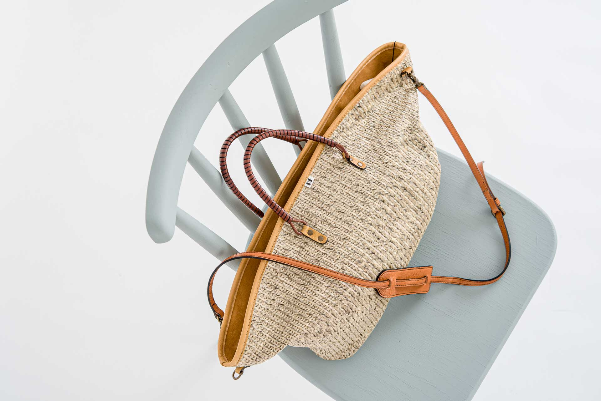 Beatriz Furest // Tasche Africa Way Beige