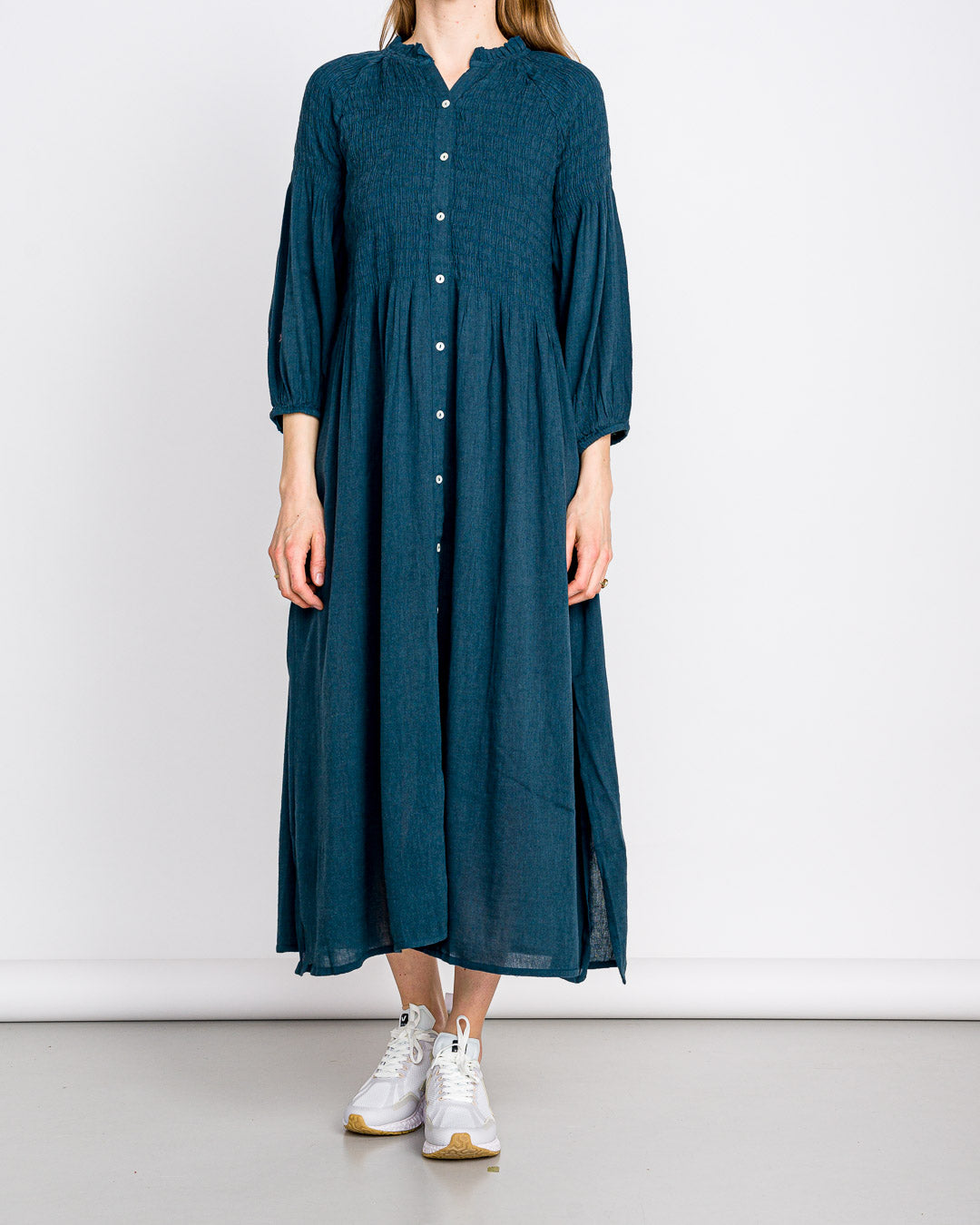 by-bar amsterdam // Kleid Loulou Smoked Oil Blue