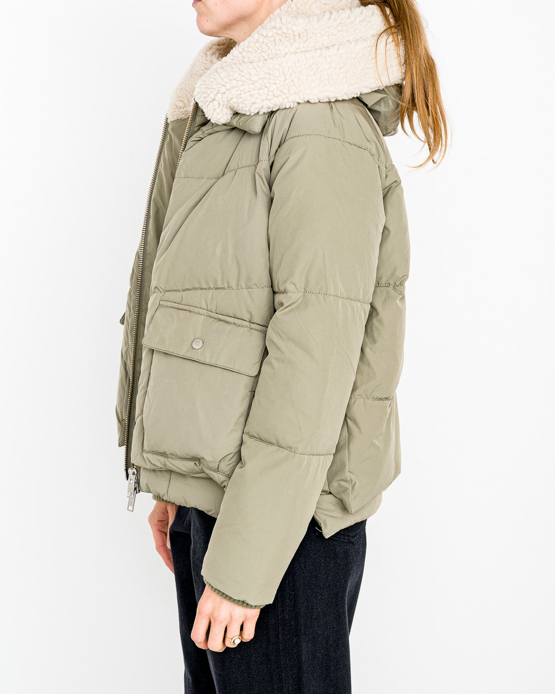 Embassy of Bricks and Logs // Vegane Winterjacke Leicester Pale Olive