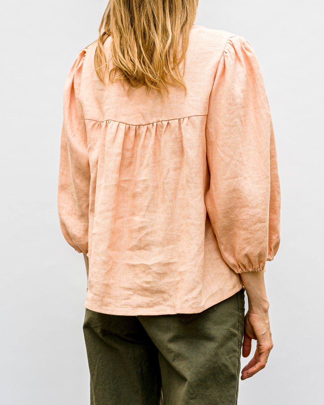 OFFON CLOTHING // Bluse Puffärmel Almost Apricot