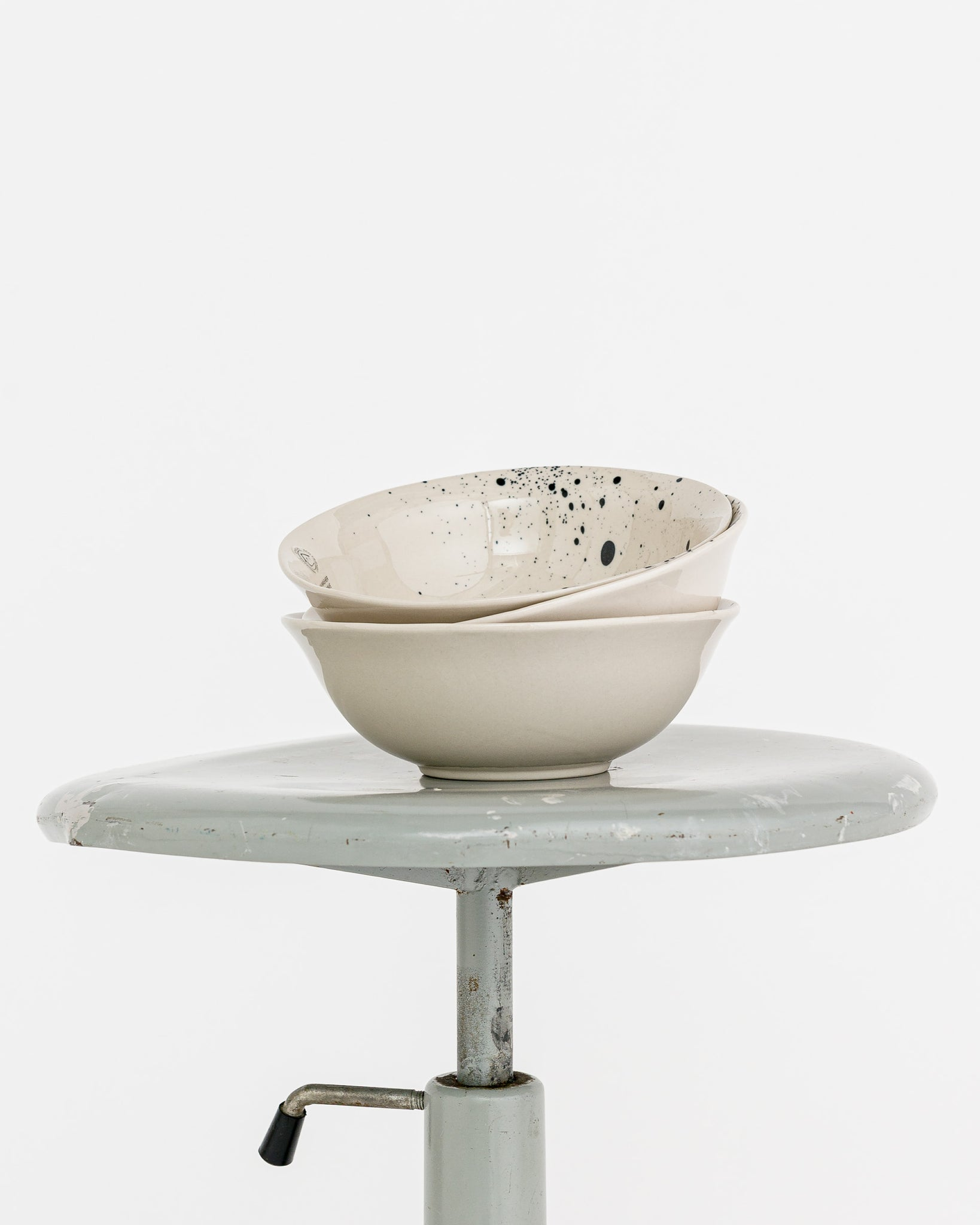 nkuku // Bowl Ama Splatter White Clay