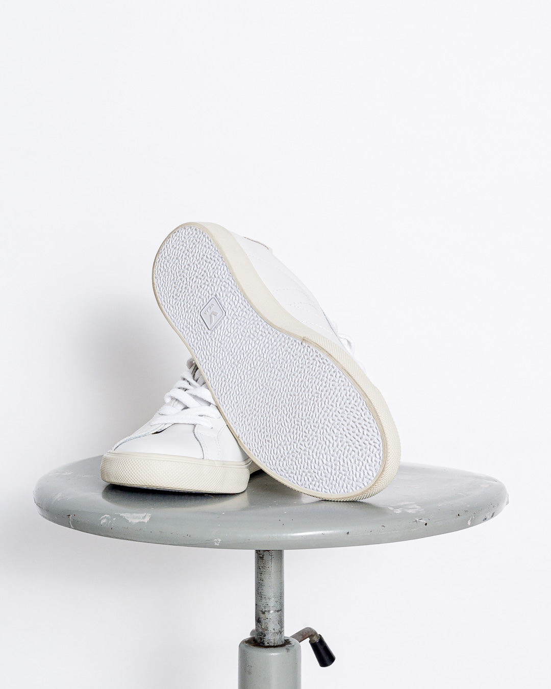 Veja  // Sneaker Esplar Leather Extra White