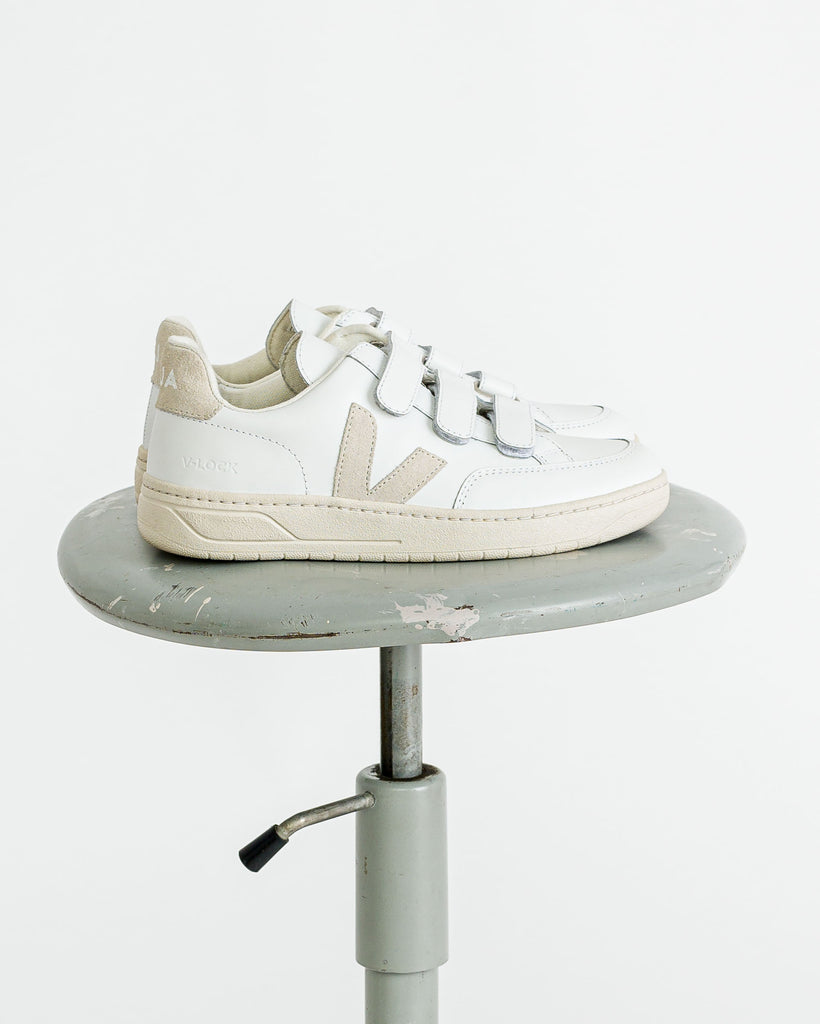 VEJA  // Sneaker V-lock Leather Extra White Natural