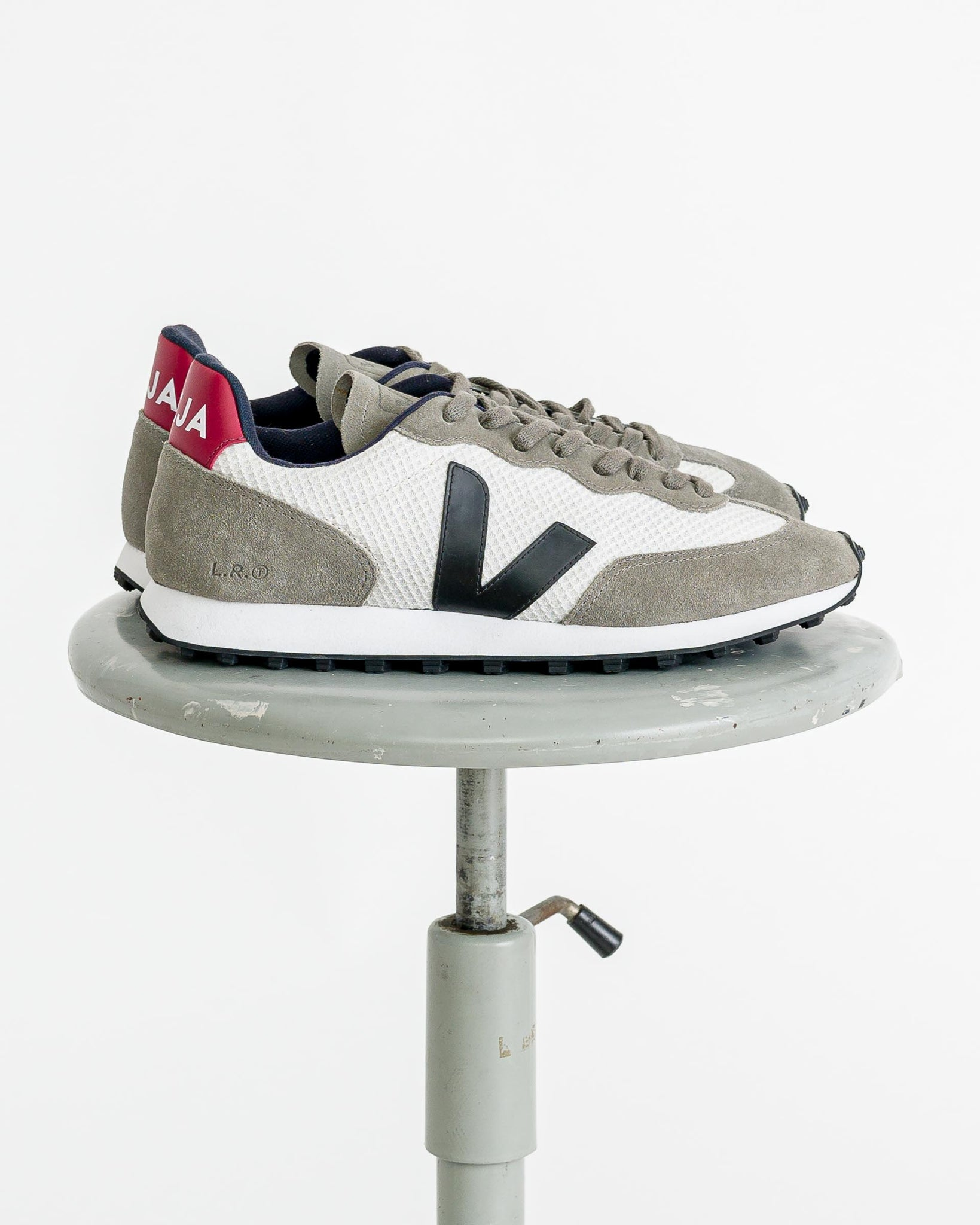 Veja Men  // Riobranco men gravel black