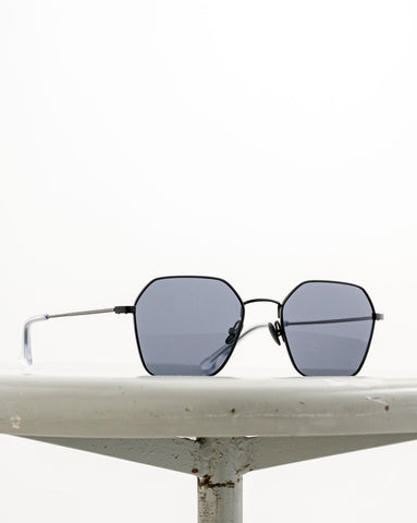 Waiting for the Sun // Sonnenbrille Acapulco Black