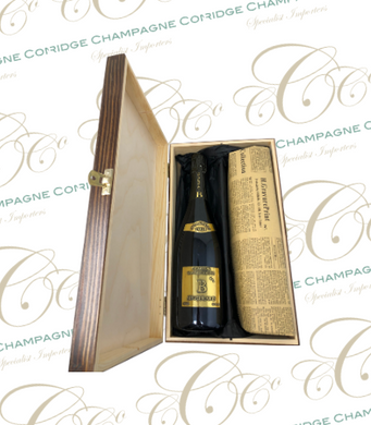 Vintage Champagne & Historical Newspaper Gift Set. - Cambridge Champagne Company Limited.
