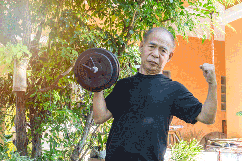 MCT Oil boosts muscle strength and function in the elderly