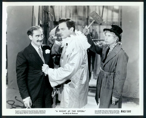 A Night At The Opera 8x10 still The Marx Brothers