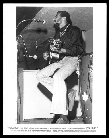 Woodstock still Richie Havens