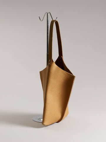 Wedge bag - Cashew bull hide
