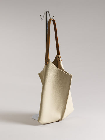 Wedge bag - Thick cream bull hide