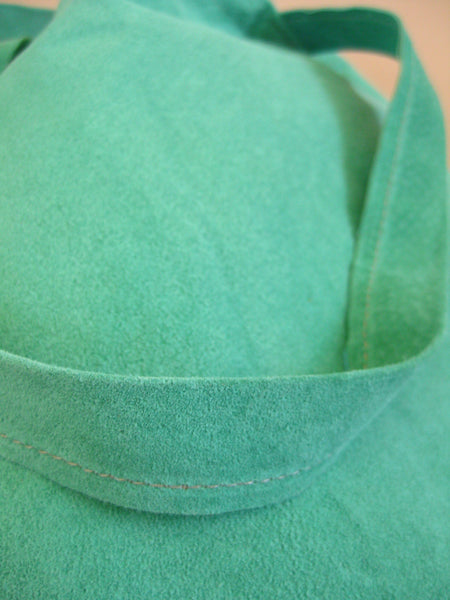Featherweight tote - Vintage green suede