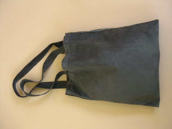 Featherweight tote - Charcoal suede