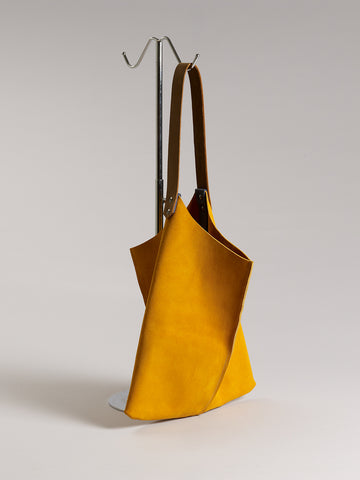 Wedge bag - Turmeric suede