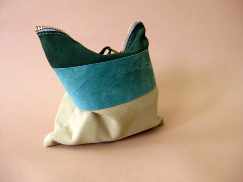 Zipper pouch - Green suede number 2