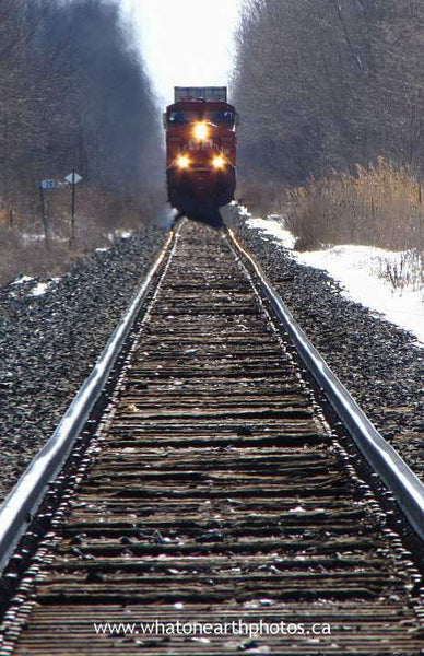 oncoming train, Middlesex County, Ontario