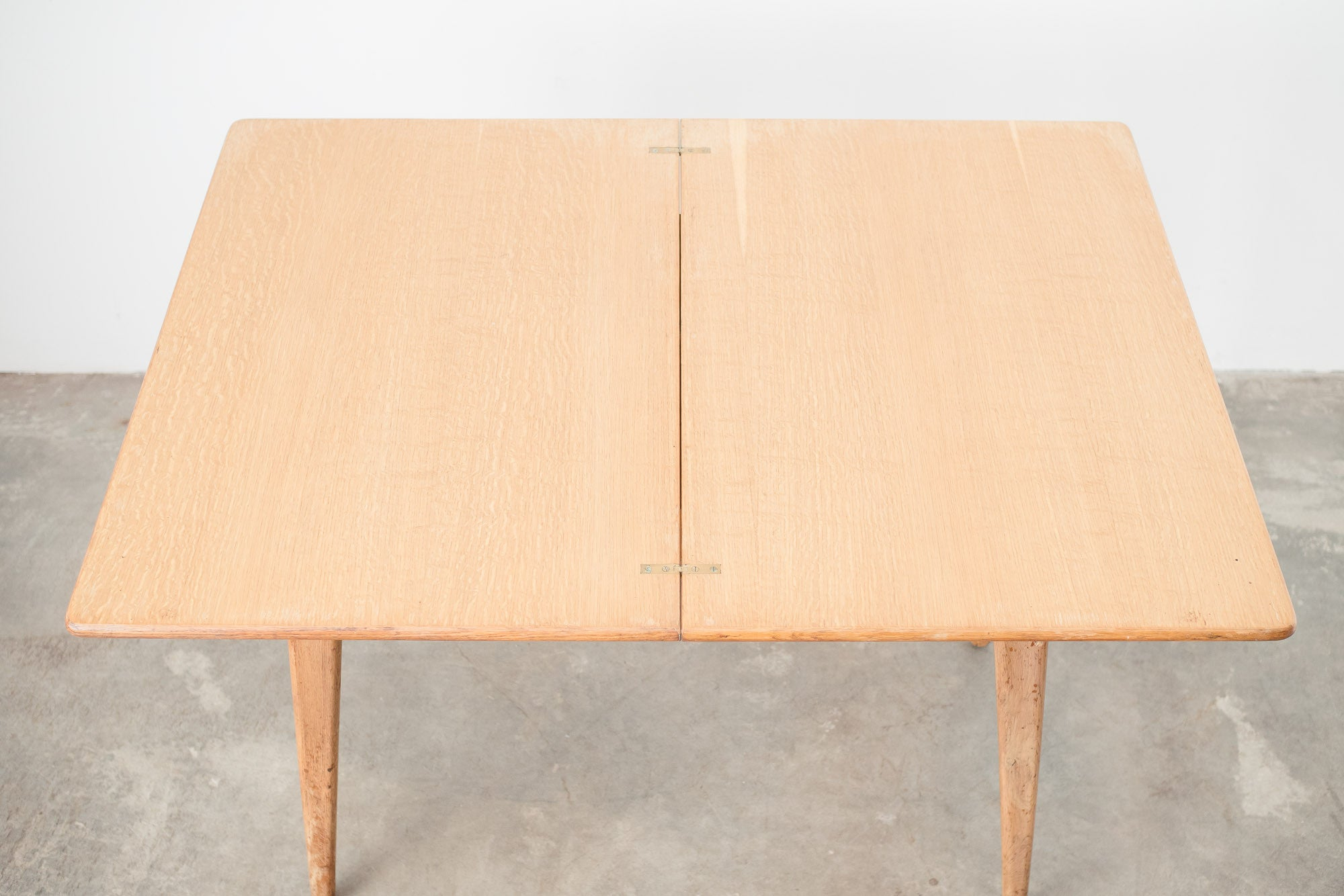 MC Light Oak Dining Table