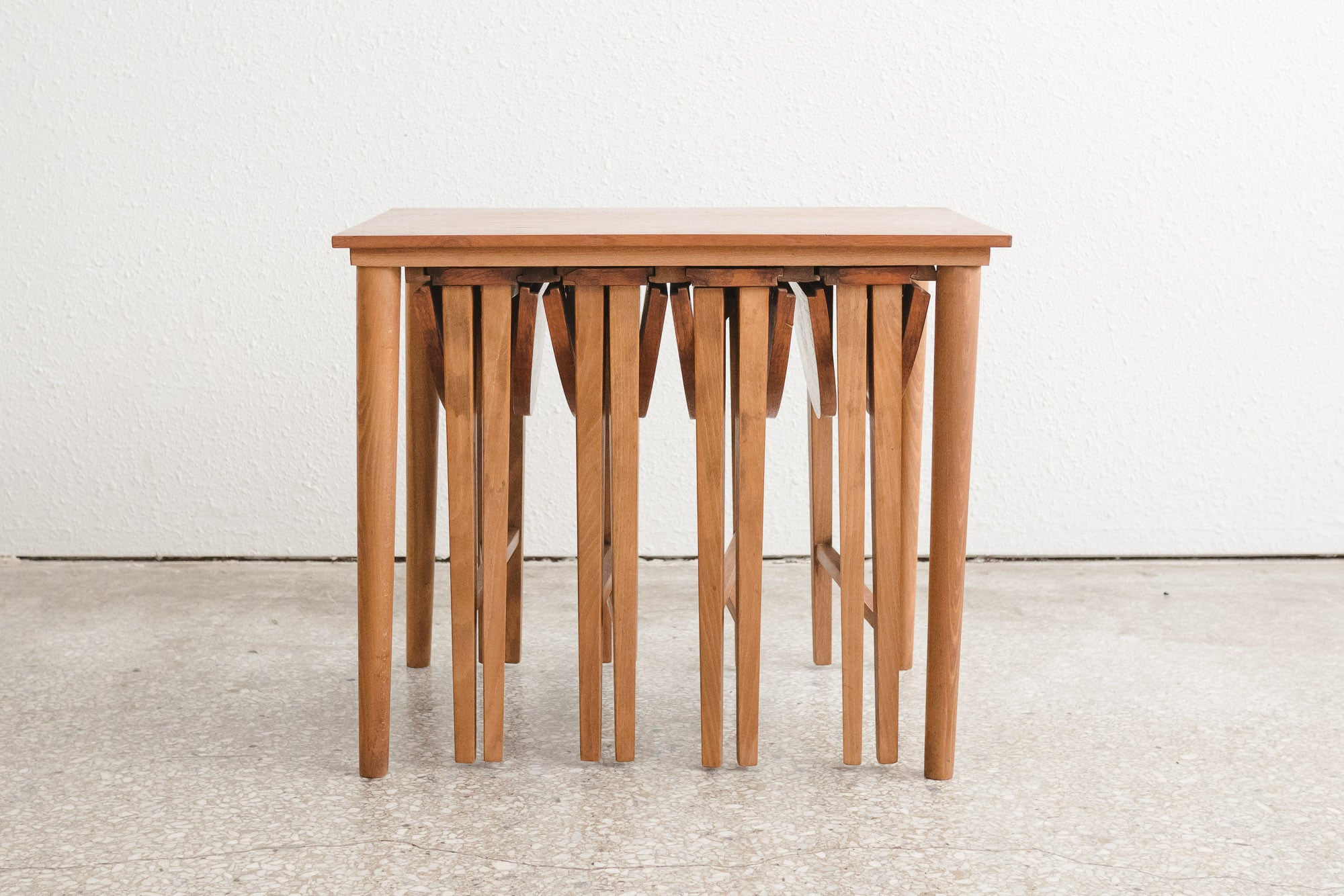 MC Nesting Table Set